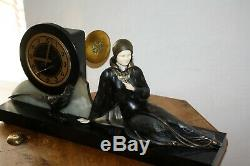 1920/1930 Pendulum Statue Sculpture Art Deco Chryselephantine Woman With Pheasant