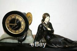 1920/1930 Pendulum Statue Sculpture Art Deco Woman Faisan (menneville.)