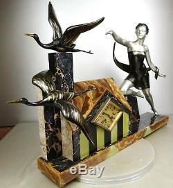 1920/1930 Uriano Rare Pendulum Sculpture Statue Art Deco Woman Elegante Storks