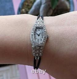 Art Deco Antique Woman Watch, 42 Diamonds, Total 1ct