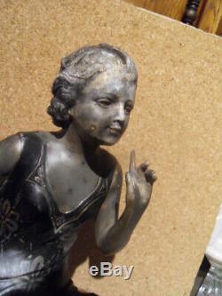 Art Deco Deco Design Elegant Woman Comes Statue Pendulum Uriano Cipriani