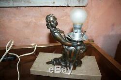 Art Deco Lamp Pilot Woman Regulates On Marble Base