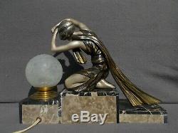 Art Night Light Deco Sculpture P. 1930 Sega Vintage Woman Woman Figurine Lamp