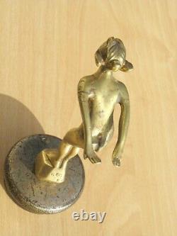 Automobile Mascot Woman Diver Albert Bronze - Radiator Cap, Art Deco