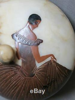 Beautiful Box Art Deco In Albatre Decor Painted Woman And Flowers Sign Madis 20 Éme