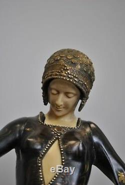 Gori, Woman With Mastiffs, Signed Sculpture, Art Deco 20th Century