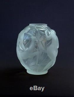 Gueron & Edouard Cazaux, Beautiful Vase Art Deco Glass, Decor Women & Antilope