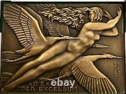 Medaille Plaque Femme Nue Art Deco New Delamarre Non Atribue Aviation
