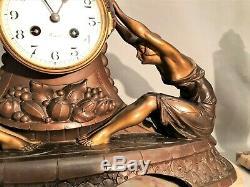 Pendulum Era Art Deco Decor Signed Jacques Limousin Women