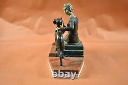 Sculpture Bronze 1925 Art Deco Woman Sitting And Lévrier