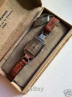 Small Mechanical Watch Woman, Lip 143 In Its Case, Art Deco, 1940