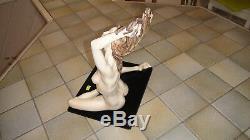 Statue In Santini. Alabaster + Marble Powder + Resin. Beautiful Nude Woman Art Deco. # 1