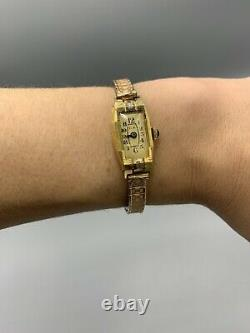 Watch Woman C.b Box In Gold 18 K Art Deco