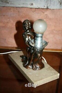 ART DECO LAMPE VEILLEUSE femme Régule sur base en marbre