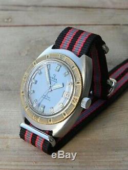 Ancienne montre YEMA AUTOMATIQUE AUTOMATIC 660 FEET PLONGÉE ETA 2452 old watch