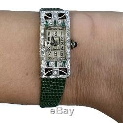 Antique Art Déco Européenne Diamant Émeraude Saphir Platine Tonneau Montre 1920s