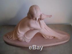 Armand Godard Terre Cuite Femme Colombe Art Deco Statue 1930 Terra Cotta Sculptu