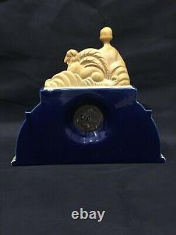 Art Deco Pendule Ceramique, Faïence Craquelee Femme Et Levrier