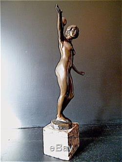 BRONZE FEMME NUE A LA BOULE signé Hippolyte FOURNIER ART DECO danseuse
