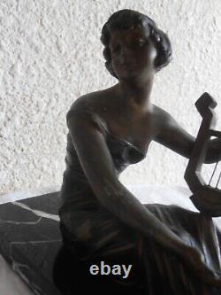 Belle Sculpture Art Deco 1920 Sur Marbre Femme Musicienne Woman Musician Lyre