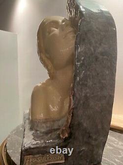 Buste de femme de profil en céramique craquelée polychrome Art Deco