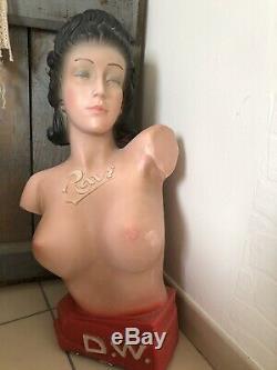 Buste publicitaire de femme, de la marque de Ravi. Plâtre. Art Déco