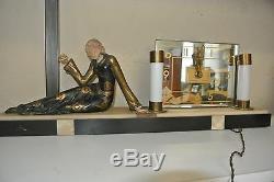 Chryséléphantine pendule Art Déco, femme allongee signee Geo Maxim