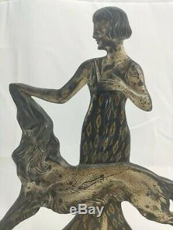 Femme Aux Lévrier En bronze argenté Signée Nisoul Art déco max le verrier 1930