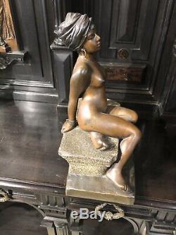 Femme Esclave Regul Art Deco Signe Villanis