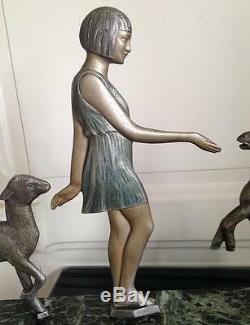 Grand Bronze polychrome Art déco Femme Agneaux signé JANLE