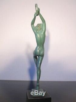 Guerbe Ancienne statuette Femme danseuse. Art déco. Max Le Verrier. Signée