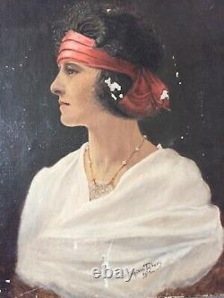 Huile sur toile portrait de femme Art déco signé Suzane TABARY