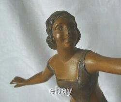 Lampe Art Deco Femme Au Perroquet Regule Deux Couleurs Signe