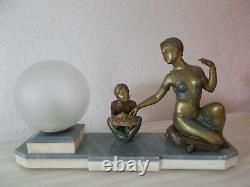 Lampe art deco 1930 statuette femme danseuse sculpture veilleuse globe en verre