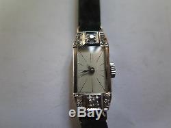 Montre-bracelet femme Art déco 1930 Platine Diamants