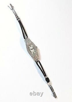 Montre de femme antique Art Déco, 42 diamants, total 1ct