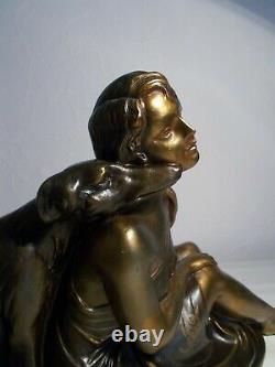 Sculpture art deco 1930 L. BRUNS statuette femme au chien levrier statue barzoi