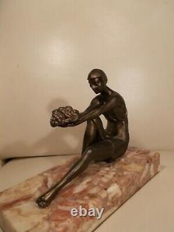 Sculpture art deco 1930 LIMOUSIN femme statuette en regule woman bronze color