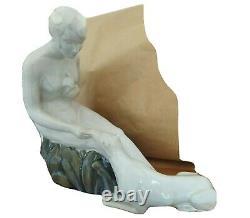 Sculpture céramique faïence (craquelé) femme nue au lévrier Art Déco 1930F