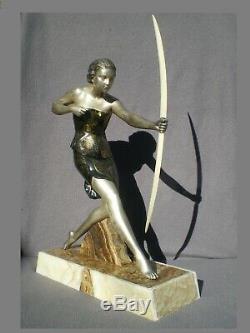 Sculpture femme archer art deco URIANO chryséléphantine statue antique woman 30s