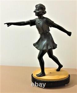 Statue Art-Déco Jeune Femme en régule sur socle en marbre