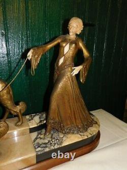 Statue Femme Aux Levriers Art Deco 1930 Georges Gori De 53 CM De Haut