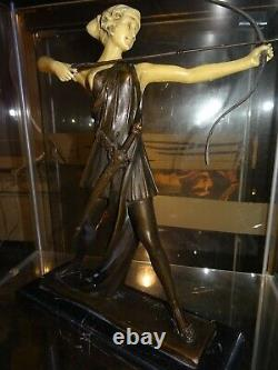 Statuette Chryséléphantine Art Déco femme a l'arc