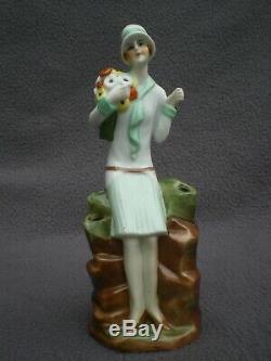 Statuette femme en porcelaine art deco FASOLD STAUCH vintage figurine sculpture
