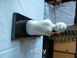 Superbe faience Art Deco Femme nue A voir