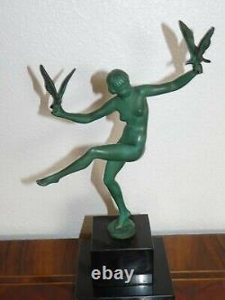 Superbe rare sculpture Max le Verrier Art déco Femme nue oiseaux socle marbre
