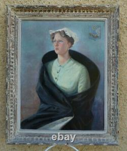 Suz. Bertrand 1930. Grand & Beau Tableau Art Déco. Jeune Femme Au Long Manteau